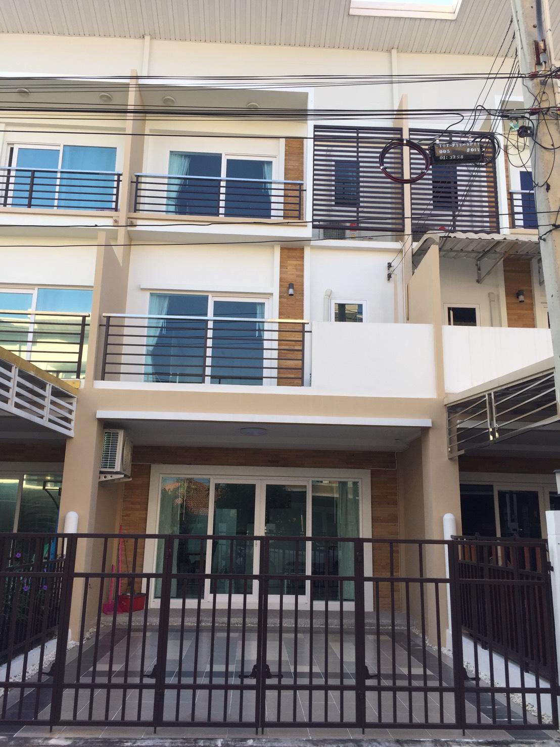SP2077 – Maison de ville sud Pattaya