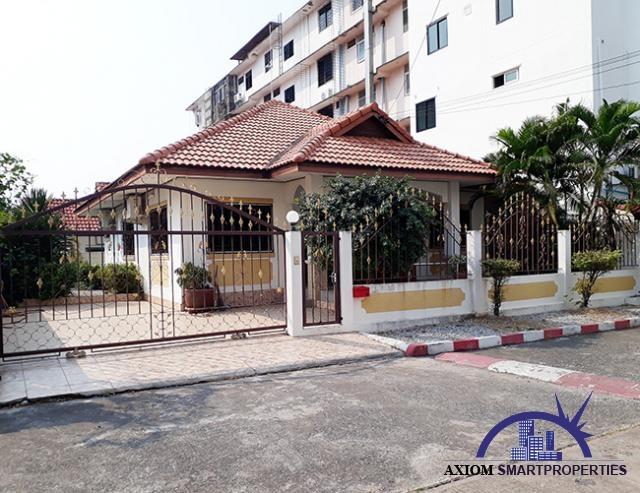JT1996 – House on Thappraya road
