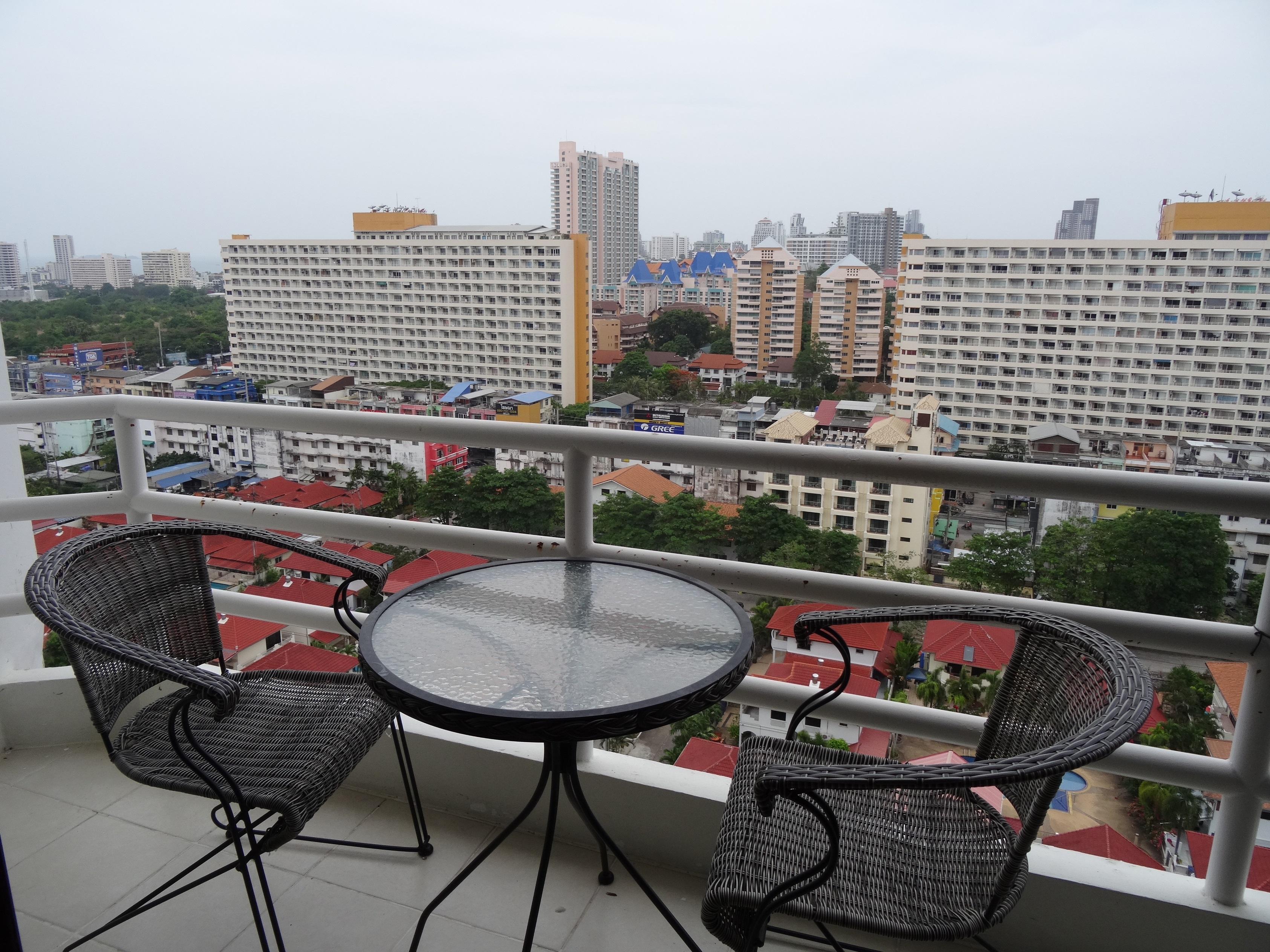 JT2241- Studio for Rent in View Talay 2
