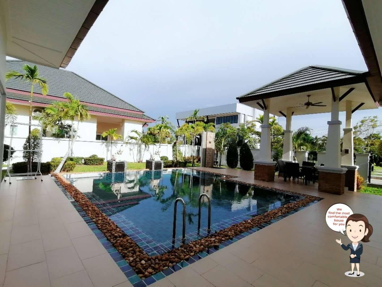 NJ2242 – Baan Dusit Pattaya Hill